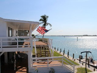 Water Front Island Bungalow With Private Dock and Fabulous Views of Placida Bay