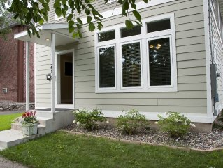 MPLSvr - Beautiful House Across from Park - 1 Mile to Downtown!