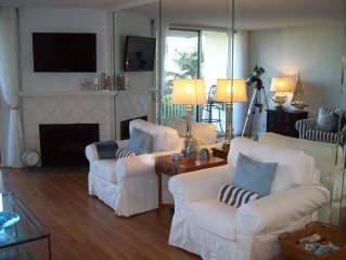 Beach Condo, Casual Cottage Style, Ocean Front Complex, Pool, Spa, Harbor Views
