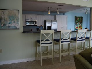 Third Floor Villa, End Unit, Great View of Beach
