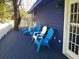 Roomy Family Friendly Home In Wooded Lakeside Neighborhood With Boat Ramp.