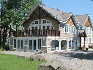 Big, Beautiful Cottage on Lake Muskoka!!