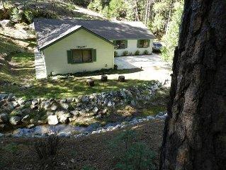 Beautiful Creekside Home in Mariposa Pines Close to Yosemite.