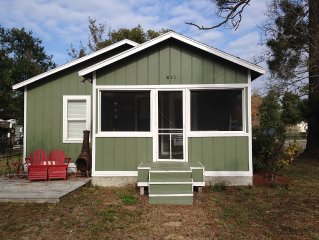 Seay Shack- A true, shabby chic, Old Florida Cottage!