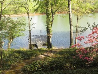 4 Br Lakefront House In Private Cove With Swim Dock and No Boat Traffic!