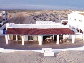 CIELO AZUL BEACHFRONT HEAVEN!  Sun, Sand, Nature and Ocean Fun!  7th Night FREE!