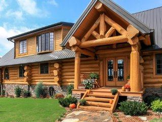 ONE-OF-A-KIND TRUE LOG CABIN WITH BREATHTAKING VIEWS! ASK ABOUT SUMMER SPECIALS