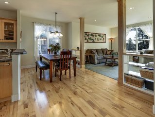 Bend Westside Retreat With Open Floorplan and Views - Special Winter Rates