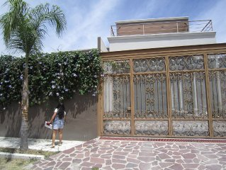Ideal And Secure 3 Bedroom 2 Bath Home With Pool For Rent, Close To Everything