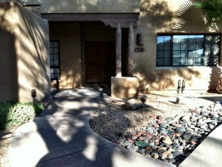 Luxury 2 Bed/2 Bath Condo With Travertine Tile Throughout