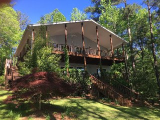 Paradise on Lake Martin Check Out Our Special Rates!