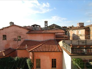 Sunny, Luxurious Penthouse Inside the Historic Walls of Lucca