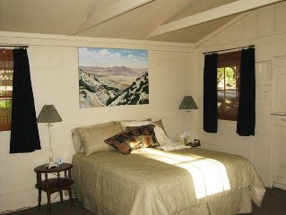 Quiet, Romantic Cabin in the Central Coast Wine C