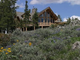 Exclusive Family Luxury Mountaintop Lodge on 43 acres