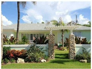 Location!! Palm Beach Shores Beach Cottage on the Inlet And  Beach