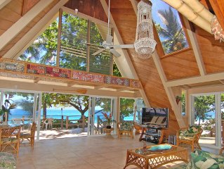 BEAUTIFUL SECLUDED HIDEAWAY!!  A/C AND SPA! THE FABULOUS SUNSET BEACH HOUSE!!