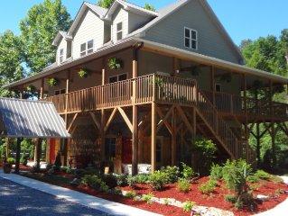 Cozy Blue Ridge Mountain Retreat near Blue Ridge Parkway & Stone Mountain NC