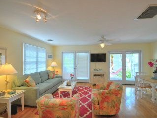 Truman Annex - 1BR/1BA - Renovated Corner Unit with great reviews!