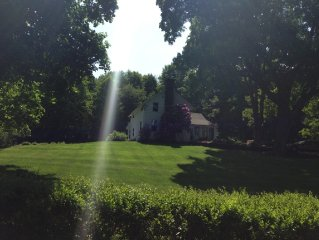 3miles2 Copake Lake 137 yr old farmhouse w/feel of English Country Cottage24acre