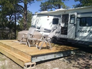 Dakota: 29ft *The EvansCliff  w/Hot Tub, Beautiful Canyon Overlook!  Pets luv it