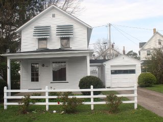 Cottage in the heart of historic Vermilion
