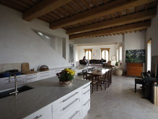 Contemporary Stone House - Sweeping View of the Tiber  Valley - 1 hour from Rome