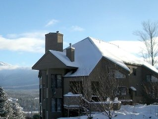 Slopeside with Views, shuttle - #1 Rated Bretton Woods Condo on Trip Advisor!