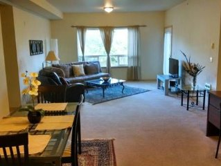 Beautiful 2 Suite Bedrooms, Spacious Bellingham Condo