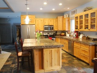 Peaceful and quiet newer home between Kalispell and Bigfork