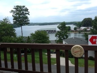 Come for a Reel Retreat at Smith Mountain Lake!