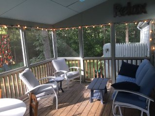 Cozy Screened Porch, Wooded Private Cul-De-Sac, Close To All Ocean & Bay Beaches