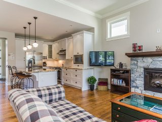 New 4 Bdrm/2br Beach House At The Award Winning Community of Qualicum Landing