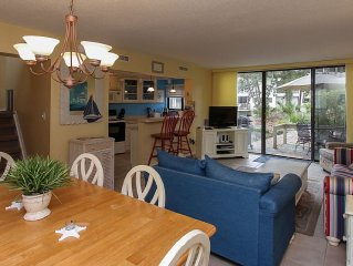 Updated Villa Steps Away From The Pool, The Beach, Nature, And Nearby Coligny