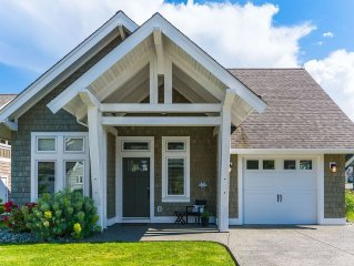 New 3 Bdrm/2br Beach House At The Award Winning Community of Qualicum Landing