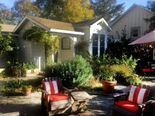 Healdsburg Cottage in Historic Downtown - Walk to the Plaza
