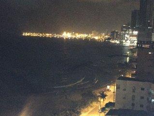 2-Bedroom/2-Bath Beachfront Apartment In Cartagena