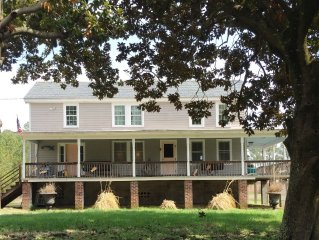 Waterfront Kayak and Nature Lovers Dream Mathews County Farmhouse