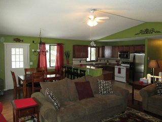 Completely Renovated Wallenpaupack Home