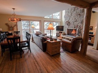 Slopeside Family Ski in, Hdtv,Wifi, Hot Tub, Pool, Yellowstone