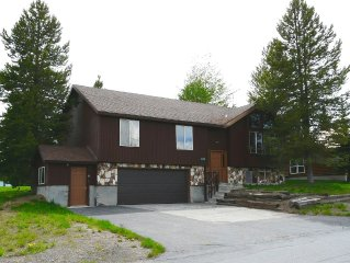 Affordable 5 BR / 2 BA near Yellowstone, ATV Trails, Golf & Fishing! Sleeps 15!