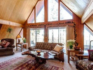 Discover Peaceful Lodge in Nature w/ Views of Tahoe Forest