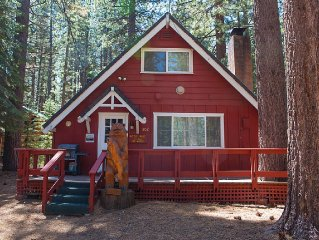 A Little House in the Big Woods - Near Ski Resorts and Camp Richardson Resort