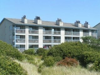 Oceanfront End Unit Condo Nautilus Ocean Shores, Wa Wifi