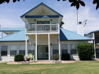 Located in Sanders Island View- Ideal for large groups and families