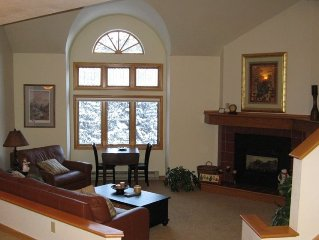 Gorgeous 3 BR condo in the trees & on the river!