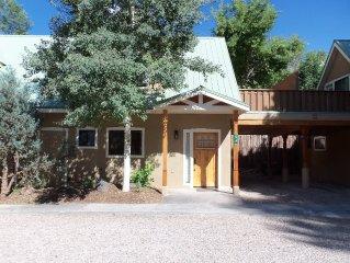 Casa Mia - Taos Plaza - Hot Tub - Air Conditioning - WIFI
