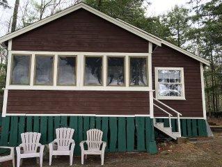 Adirondack-Style Cottage On Winnipesaukee