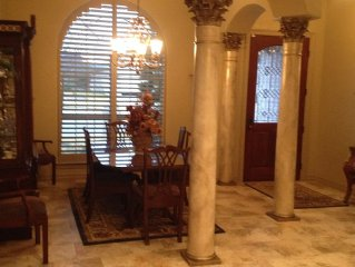 Beautiful Patio Home in Lovely Neighborhood - Great for graduation and football