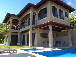 Casa El Santuario in Atenas - New home with amazing views in Atenas' Roca Verde