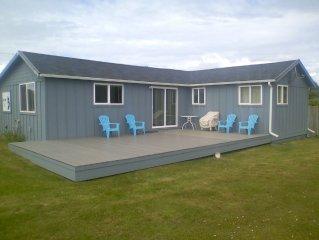 Moclips ' the Neptune' Ocean View, New Remodel, 2 Bedroom Home